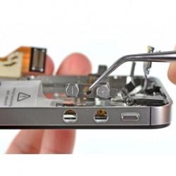 iPhone 4s Hangerõ gomb javítás